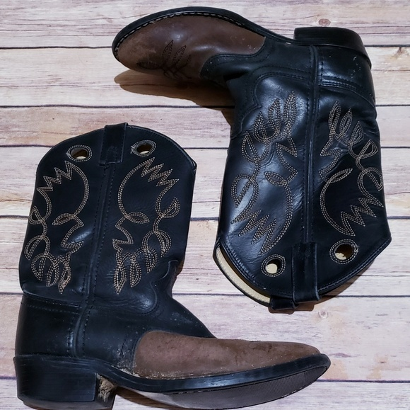 c14365022c20 Justin Boots Other - Justin junior brown black leather cowboy boots ❤